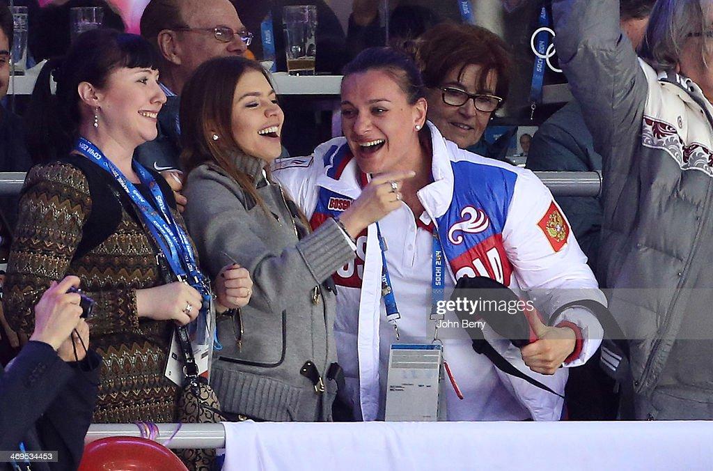 Ice Hockey - Winter Olympics Day 8 : News Photo