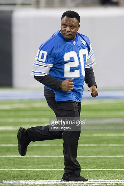 Former running back Barry Sanders of the Detroit Lions runs on the field prior to an NFL game against the Los Angeles Rams at Ford Field on October...