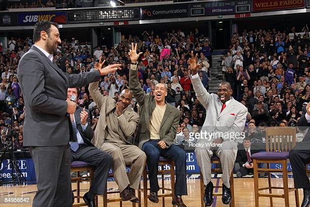 Former Sacramento King Vlade Divac shares a laugh with former teammates, Mateen Cleaves, Doug Christie and Chris Webber during Webber's No. 4 Jersey...