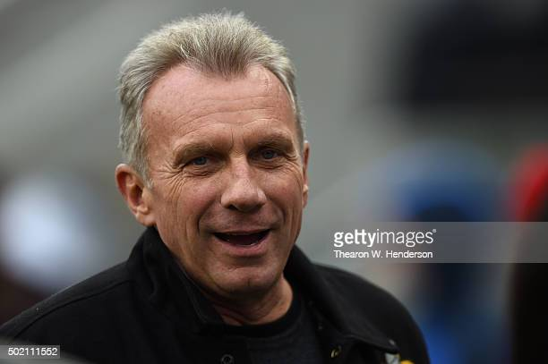 Former San Francisco 49ers quarterback Joe Montana looks on from the sidelines during the NFL game between the San Francisco 49ers and the Cincinnati...