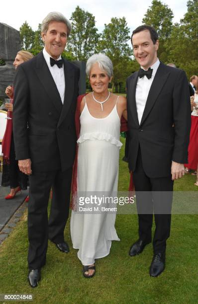 Former Secretary of State John Kerry Joan Baez and George Osborne attend the Woodside Gallery Dinner in benefit of Elton John AIDS Foundation in...