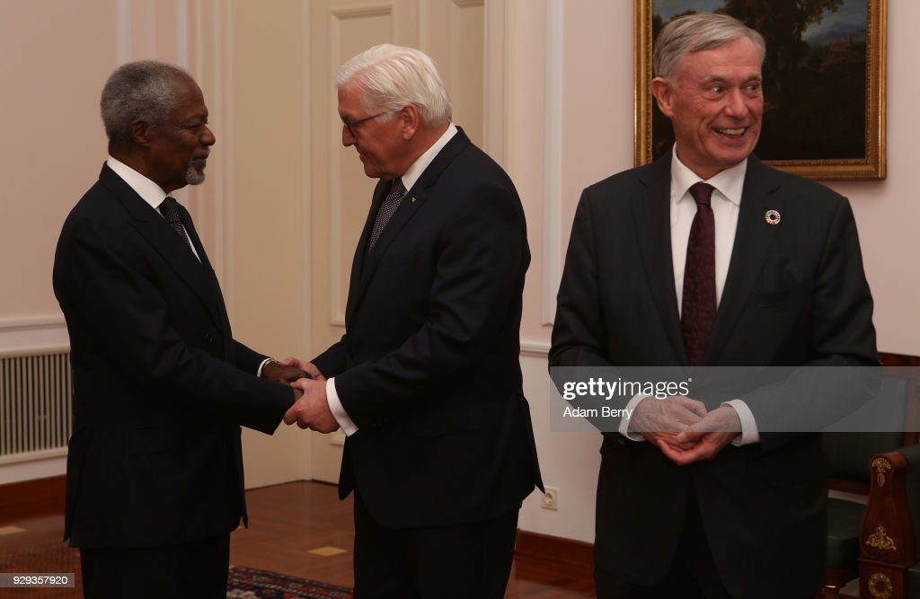 Former Secretary-General of the United Nations Kofi Annan (L) speaks to German President Frank-Walter Steinmeier next to Former German President Horst Koehler as they attend a dinner in honor of Koehler during his 75th birthday at Bellevue Palace on March 8, 2018 in Berlin, Germany. Koehler was president of Germany from 2004 to 2010.