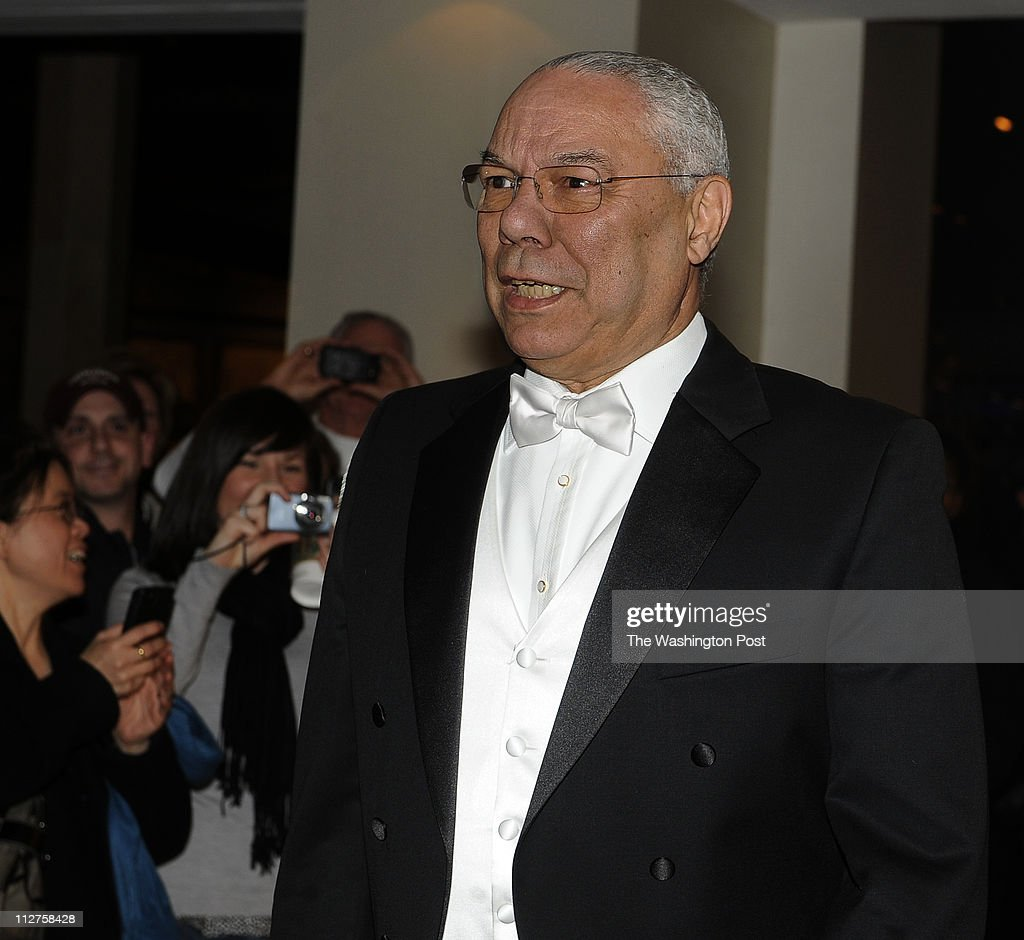 Arrivals for the Gridiron Dinner at the Renaissance Hotel in Washington DC : News Photo