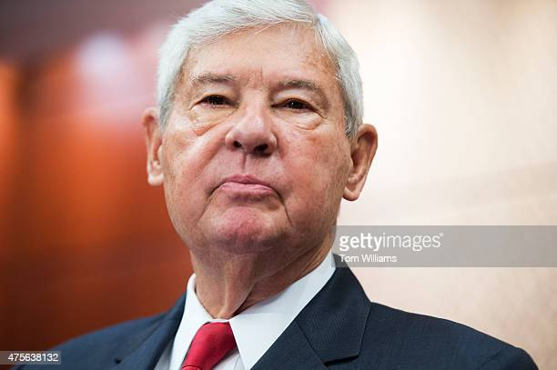Former Sen Bob Graham DFla cochairman of the congressional 9/11 investigation conducts a news conference in the Capitol Visitor Center on legislation...