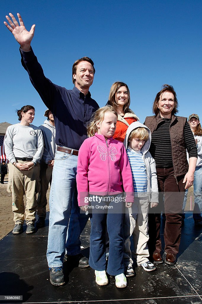 Former Sen. John Edwards (D-NC) waves to the crowd with his family, daughters Cate (C) and Emma Claire (2nd-L), son Jack and wife Elizabeth after announcing that is he withdrawing from the Presidential Race on January 30, 2008 in New Orleans, Louisiana. Edwards bowed out of the race leaving Sen. Barack Obama (D-IL) and Sen. Hillary Clinton (D-NY) vying for the Democratic nomination.