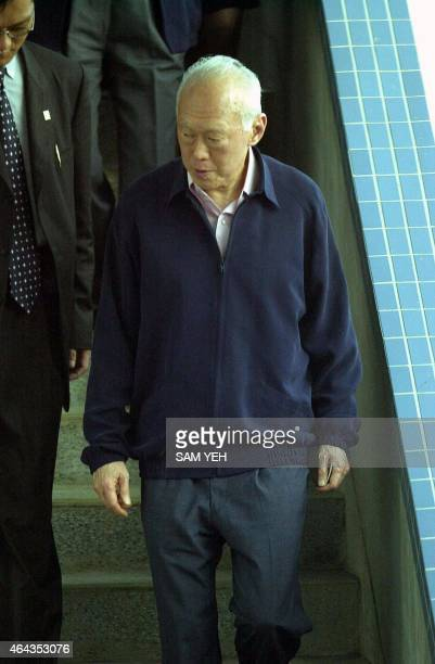 Former Singapore Prime minister Lee Kuan Yew arrives at Taoyuan International Airport 23 September 2000 Lee plans to visit President Chen Shuibian...