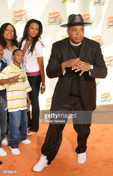 Former singer of RunDMC Reverend Run with family arrive at the 20th Annual Kid's Choice Awards held at the UCLA Pauley Pavilion on March 31 2007 in...