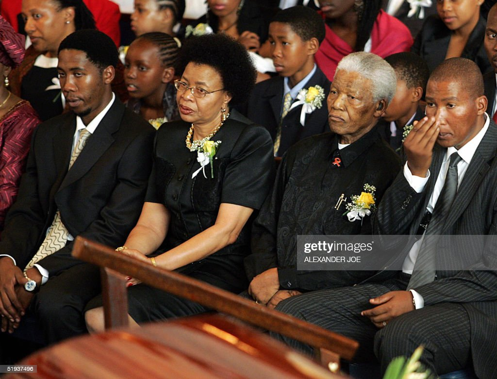 Former South African President Nelson Ma : News Photo