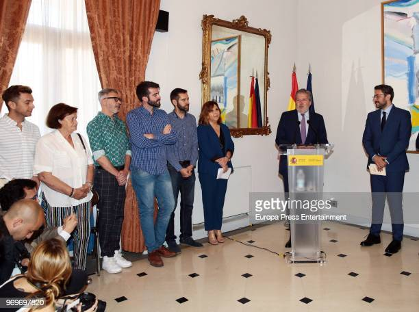 Former Spanish Culture and Sports Minister Inigo Mendez de Vigo and the new Spanish Culture and Sports Minister Maxim Huerta during the traditional...