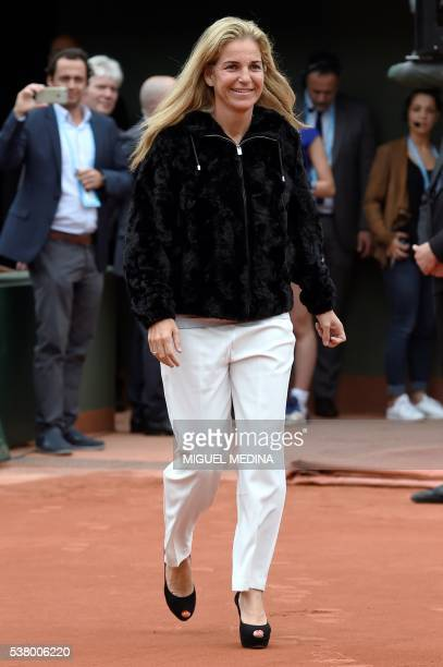 Former Spanish tennis player Arantxa Sanchez Vicario arrives for a ceremony to induct former French tennis player Amelie Mauresmo into the...