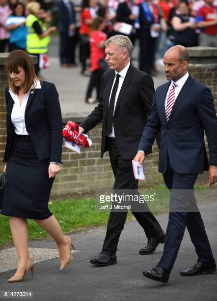 Former Sunderland manager David Moyes and Sunderland CEO Martin Bain attend the funeral of six year old Sunderland FC fan Bradley Lowery at St...