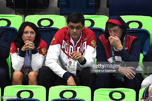 Former swimmer and Olympic champion Alexander Popov of Russia and wife Daria Popov attend swimming semifinals and finals on Day 6 of the Rio 2016...
