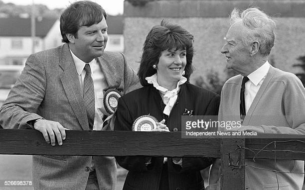Former Taoiseach Liam Cosgrave with his daughterinlaw Joan and his son Liam a Fine Gael candidate in Dun Laoghaire 68920