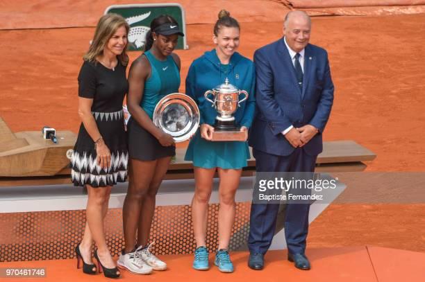 Former Tennis player Arantxa Sanchez Sloane Stephens of USA Simona Halep of Romania and President of the French Tennis Federation Bernard Giudicelli...