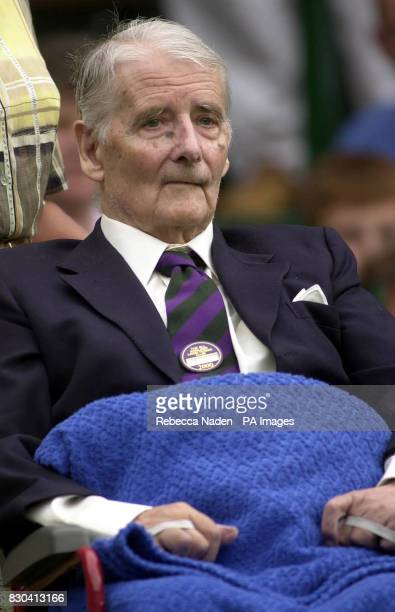 Former tennis player Bunny Austin during the Champions Parade at Wimbledon * 27/08/00 Henry Austin died 26/08/00 on his 95th birthday Austin was part...