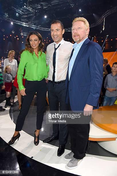 Former Tennis star Boris Becker and his wife Lilly Becker with german moderator Kai Pflaume at the tv show 'Klein gegen Gross Das unglaubliche Duell'...