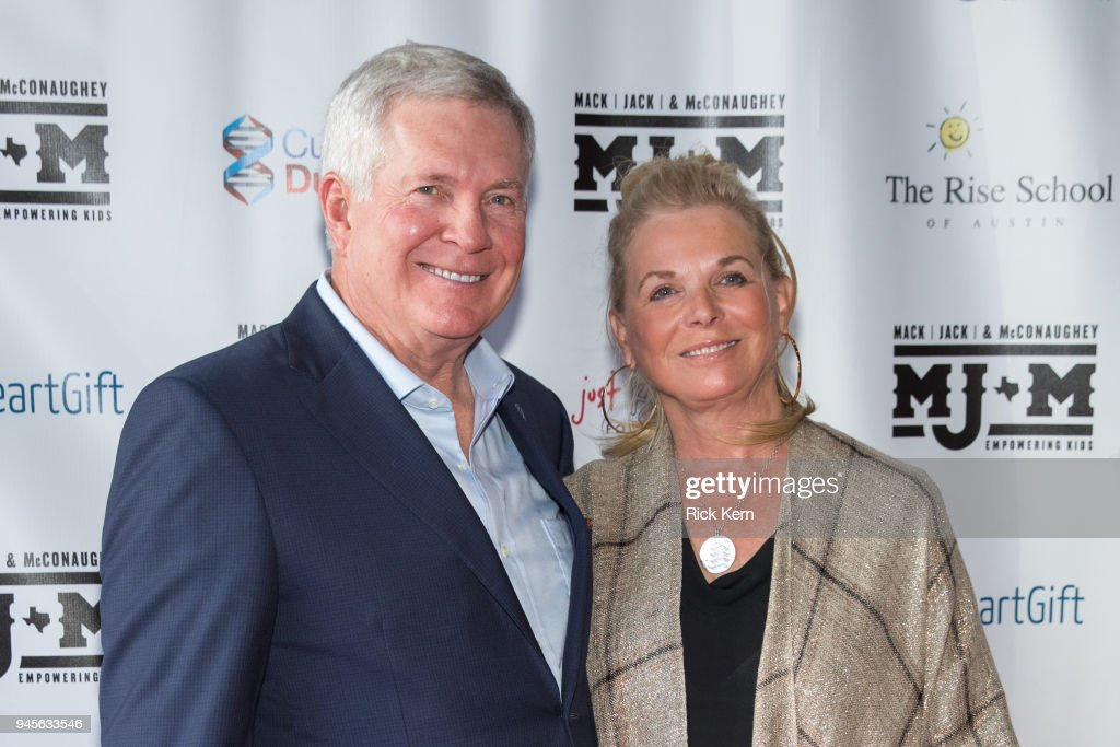 Former Texas Longhorns football coach Mack Brown (L) and wife Sally Brown arrive at the Mack, Jack & McConaughey charity gala at ACL Live on April 12, 2018 in Austin, Texas.