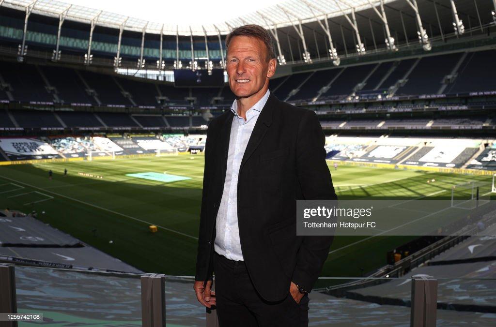 Tottenham Hotspur v Arsenal FC - Premier League : News Photo