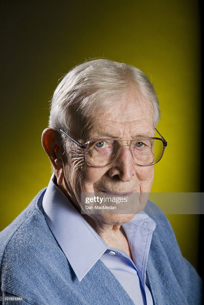 Former UCLA coach John Wooden poses at a portrait session for the USA Today in Tarzana, CA on October 12, 2005. (Photo by Dan MacMedan/ Contour by Getty Images).