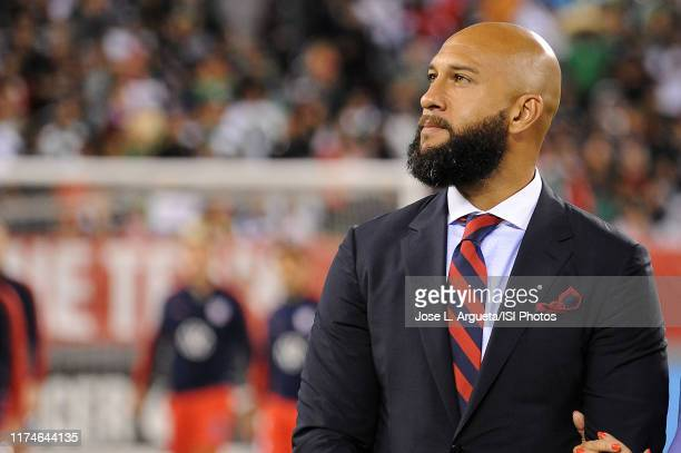 Former United States National Team goalkeeper Tim Howard being honored prior to a game between Mexico and USMNT at MetLife Stadium on September 6,...