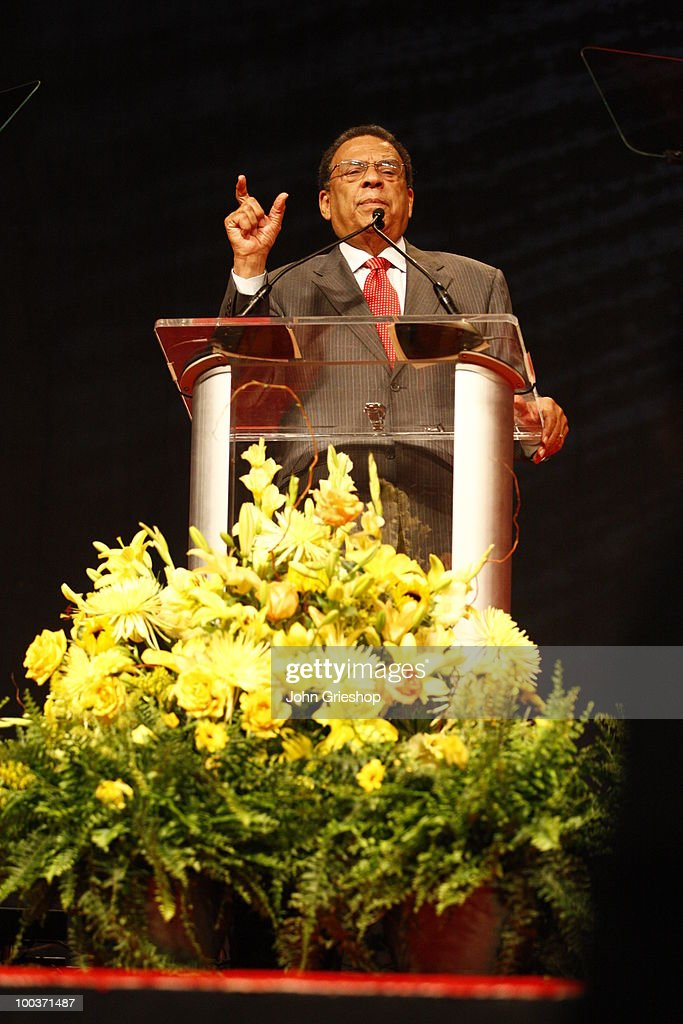Former U.S. Ambassador to the United Nations Andrew Young delivers the keynote address during the MLB Beacon Awards Luncheon on Saturday, May 15, 2010, at the Duke Energy Center in Cincinnati, Ohio.