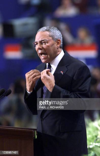 Former US Army General Colin Powell addresses the evening session of the 2000 Republican National Convention in Philadelphia's First Union Center 31...
