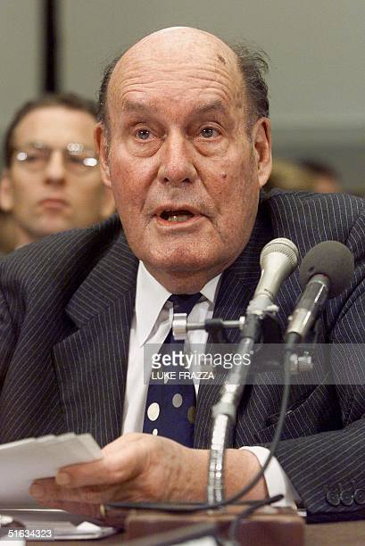 Former US Attorney General Nicholas Katzenbach testifies on the constitutional doctrine of separation of powers during impeachment hearings 08...