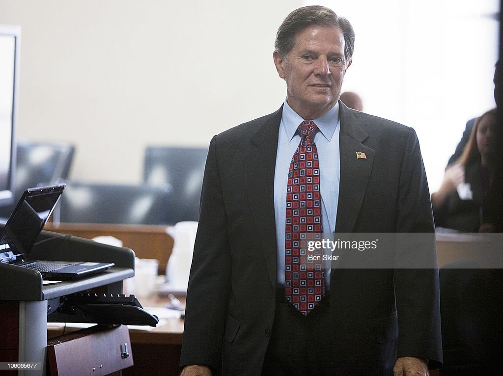 Jury Selection Begins In Money Laundering Trial For Former House Majority Leader Tom Delay