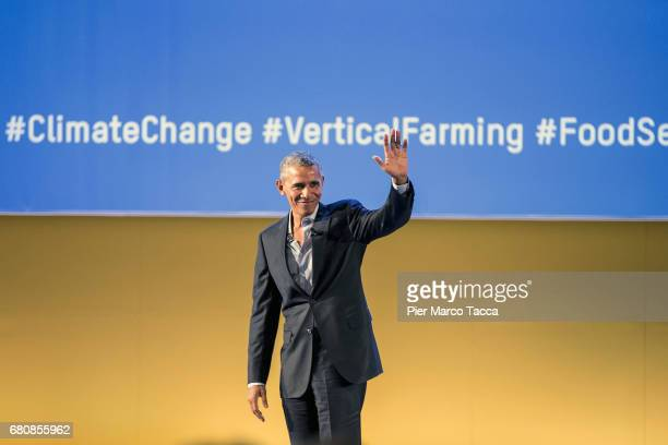Former US President Barack Obama thanks the audience during the SeedsChips Global Food Innovation Summit on May 9 2017 in Milan Italy The summit...