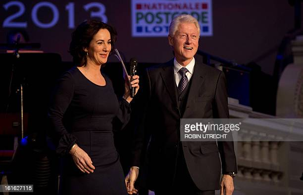 Former US president Bill Clinton is interviewed by Dutch former green party leader Femke Halsema attend the Goed Geld Gala organized by a Dutch...