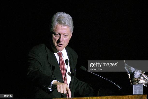 Former US President Bill Clinton speaks at the 2001 Voter Improvement Programs Awards dinner sponsored by the AFLCIO October 1 2001 in Beverly Hills...