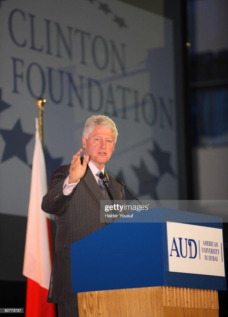 Bill Clinton Visits The American University In Dubai : News Photo