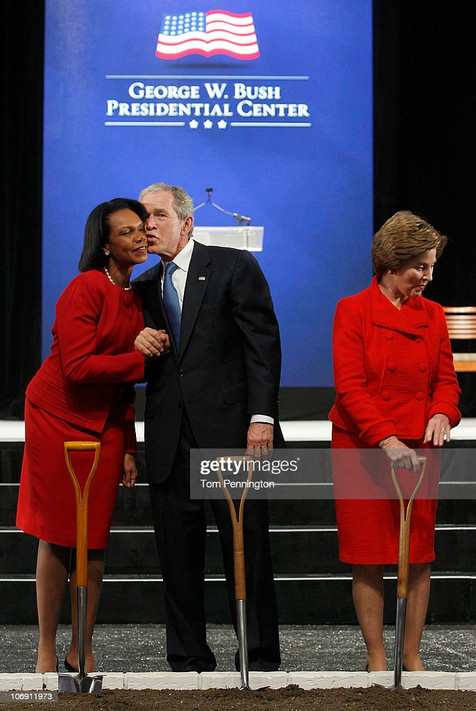 George And Laura Bush Attend Groundbreaking For Bush Presidential Center : News Photo