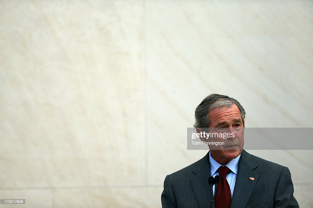 George W. Bush Speaks At Naturalization Ceremony At Bush Presidential Center : News Photo