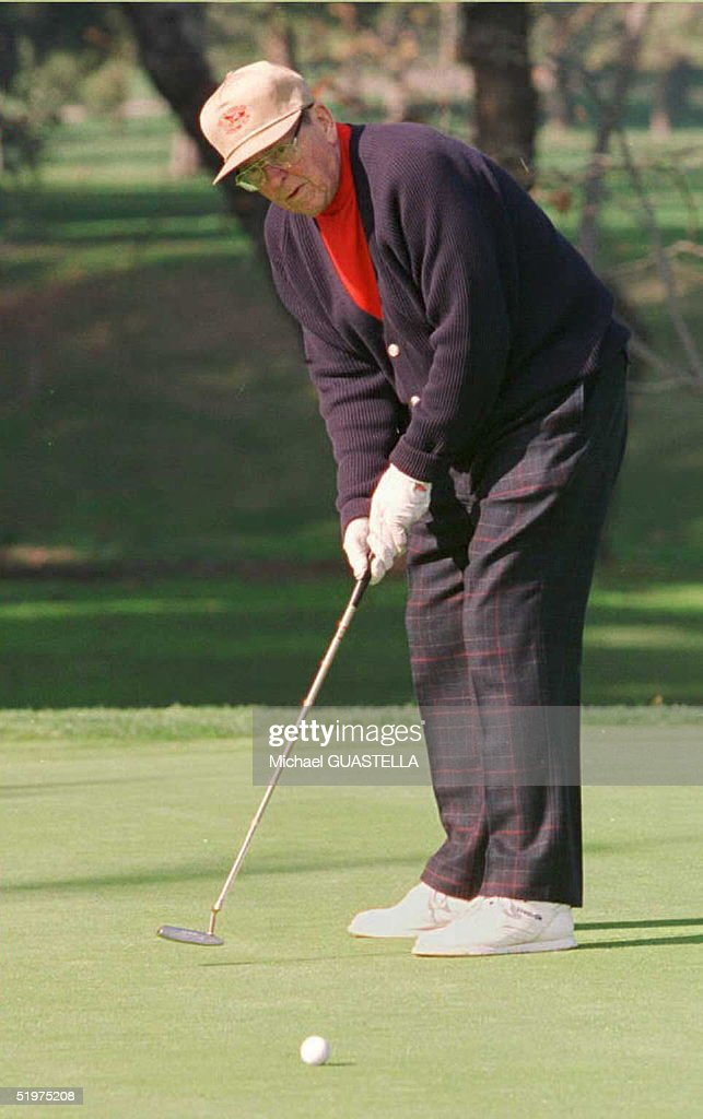 Former US President Ronald Reagan enjoys a round of golf on his 85th birthday 06 February in Los Angeles, California. Reagan, who now suffers from Alzheimer's disease, was unable to attend a $1,000-per-plate birthday celebration for the former president at the famous Los Angeles restaurant Chasen's. --NO