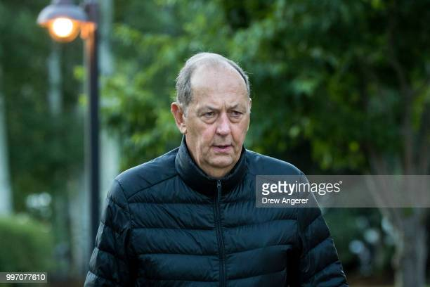 Former US Senator Bill Bradley attends the annual Allen Company Sun Valley Conference July 12 2018 in Sun Valley Idaho Every July some of the world's...