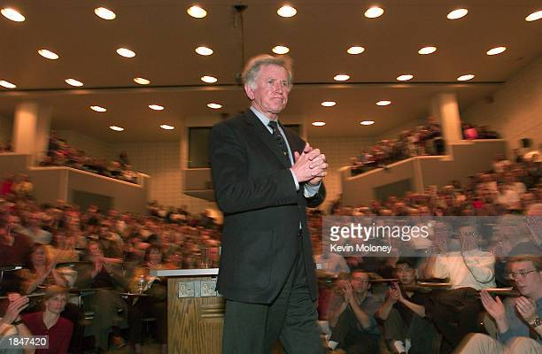 Former US Senator Gary Hart talks about terrorism Iraq and the environment in an University of Colorado classroom March 13 2003 in Boulder Colorado...