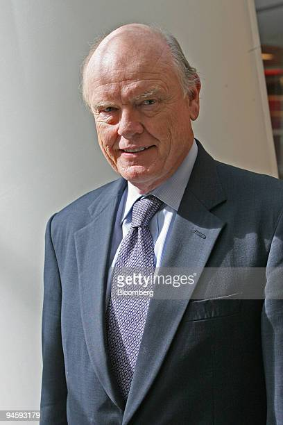 Former U.S. Treasury Secretary John Snow poses for a photo in New York, October 31, 2006. Snow, who left President George W. Bush's administration in...