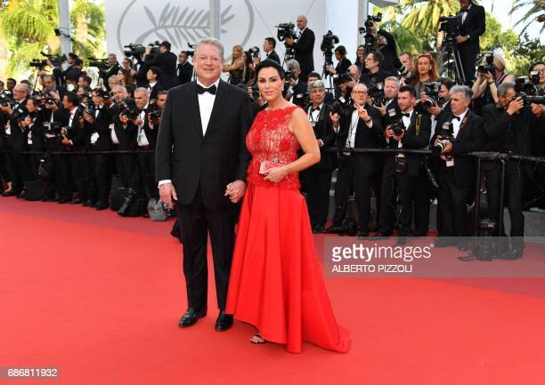 Former US vice president Al Gore and his partner Elizabeth Keadle pose as they arrive on May 22 2017 for the screening of the film 'An Inconvenient...