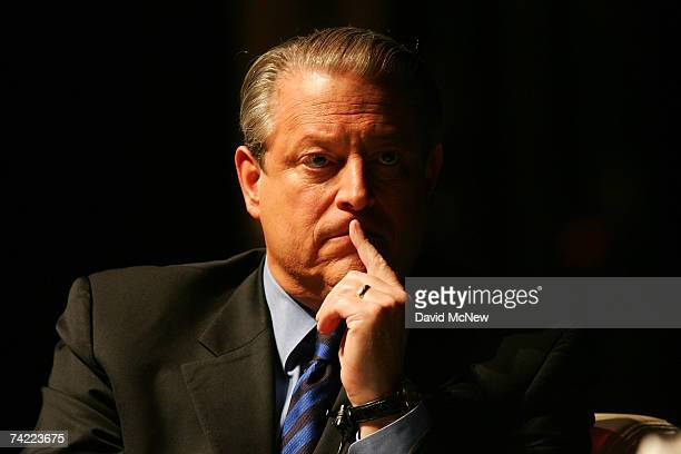 Former US Vice President and Academy Award winner Al Gore appears on the first night of his booksigning tour for his book 'The Assault on Reason' on...