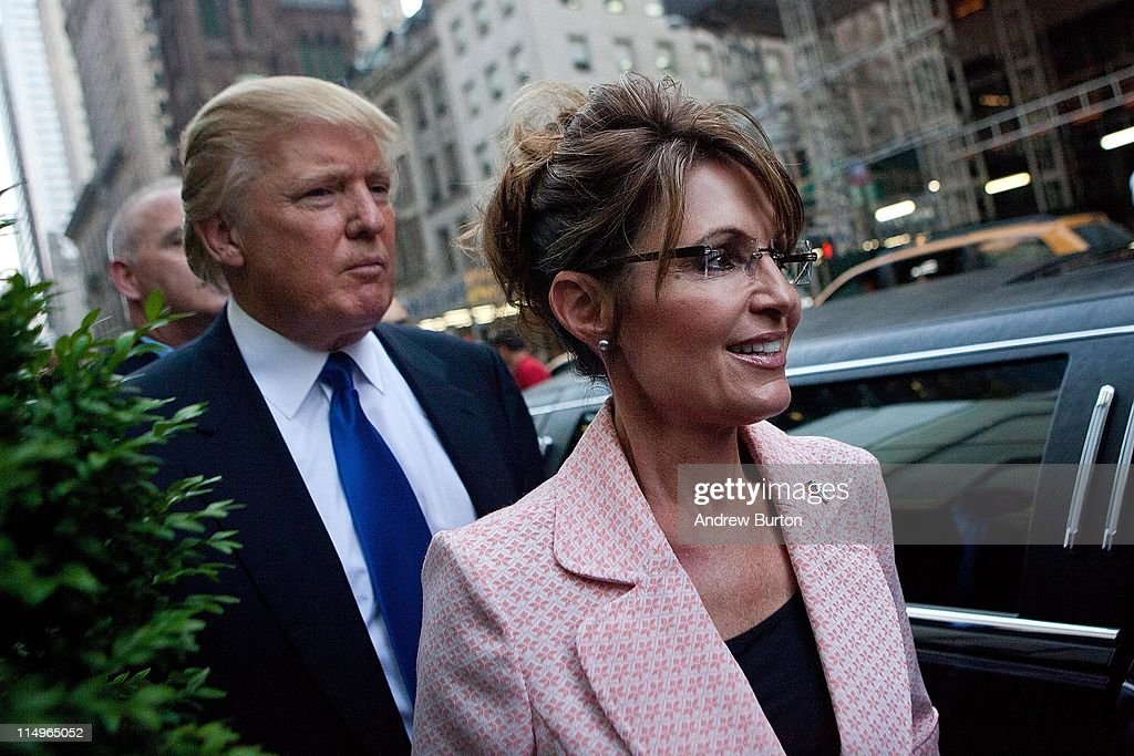 Sarah Palin Meets With Donald Trump In New York During Her Bus Tour : News Photo
