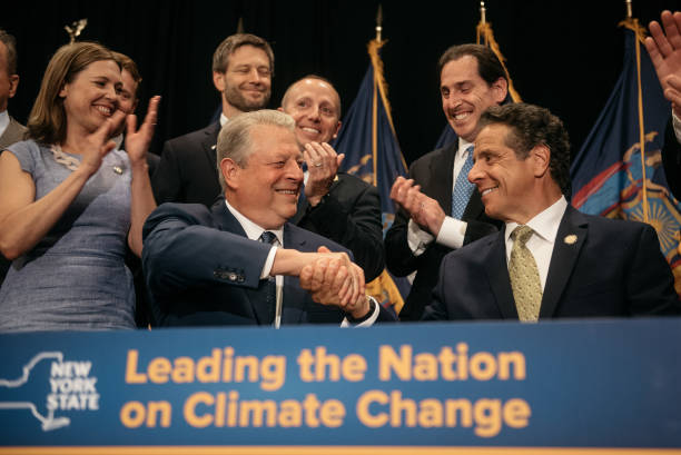NY: New York Governor Cuomo Joined By Al Gore Announces State Investment In Offshore Wind Power