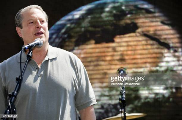 Former Vice President Al Gore speaks during a Live Earth concert at the National Museum of the American Indian July 7 2007 in Washington DC Garth...