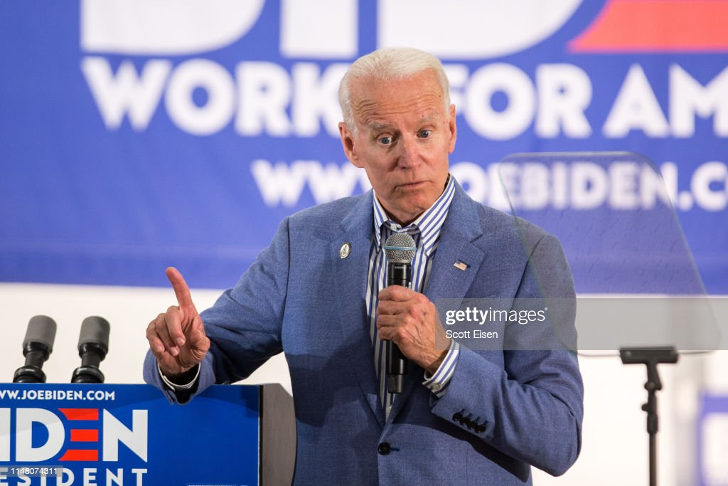 Joe Biden Campaigns At Union Local In New Hampshire : News Photo
