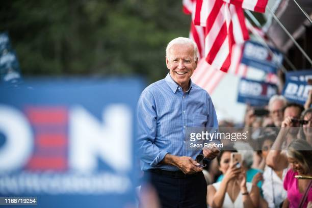 Former Vice President and Democratic presidential candidate Joe Biden greets the crowd at The Galivants Ferry Stump on September 16 2019 in Galivants...