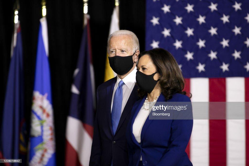 Joe Biden And Kamala Harris Hold First Event As Running Mates : ニュース写真