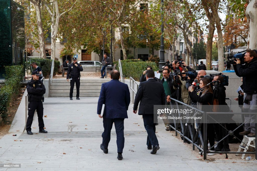 Former Vice President of the Catalan government Oriol Junqueras arrive at Spain's National High Court on November 2, 2017 in Madrid, Spain. Ousted President Carles Puigdemont and former members of the Catalan government were ordered to appear in court under alleged charges of rebellion, sedition and misuse of public funds following to the unilateral declaration of independence.