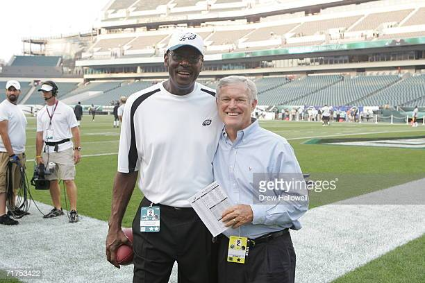 Former wide receiver Harold Carmichael and former head coach Dick Vermeil of the Philadelphia Eagles pose for a photo prior to the game against the...
