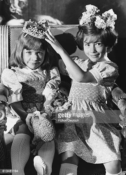 Former winner Kirsty Leighton crowns 4yearold Christine Casham at the 1979 Miss Pears beauty contest