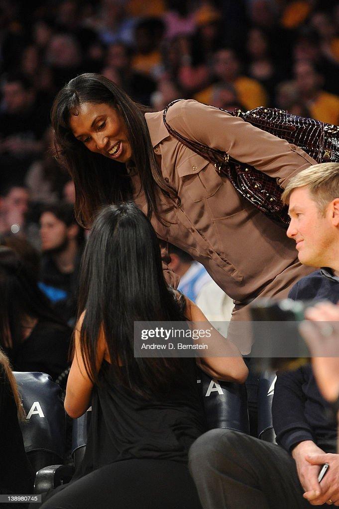Atlanta Hawks v Los Angeles Lakers : News Photo